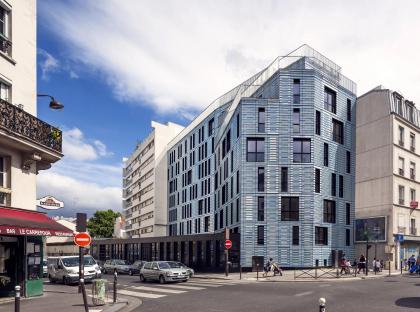 Социальное жилье и социальная столовая в Париже