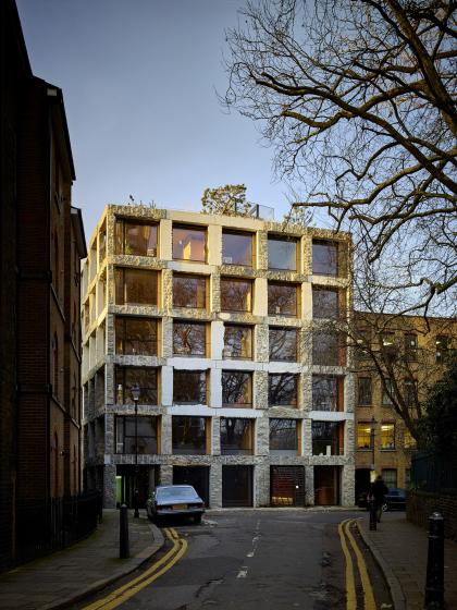 Многоквартирный дом 15 Clerkenwell Close