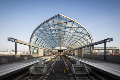 Станция метро «Эльббрюкен»