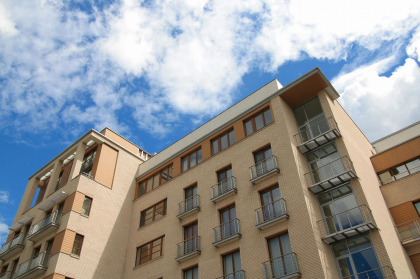 Жилищно-коммерческий комплекс на улице Большая Полянка