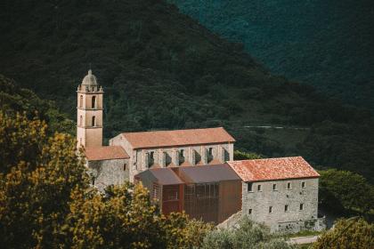 Монастырь Сен-Франсуа – реконструкция