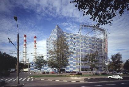 Офисно-торговое здание на проспекте Андропова
