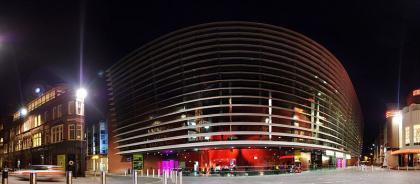 Театр Curve
