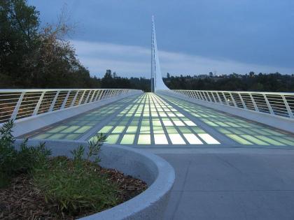 Мост «Солнечные часы»