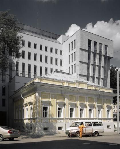 Office building in Strastnoj parkway