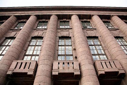 2. Дом Германского посольства в Петербурге, П.Беренс, 1911-13. Фото: © Андрей Бархин