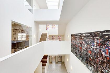 Театр и общественный центр De Nieuwe Liefde