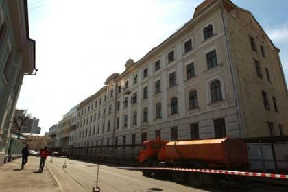 Сносная революция. Собянину удалось остановить работы по сносу сотни домов в центре столицы. Снос других продолжается