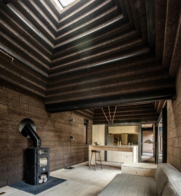 Дом Cork House («Пробковый дом») Фото © Magnus Dennis