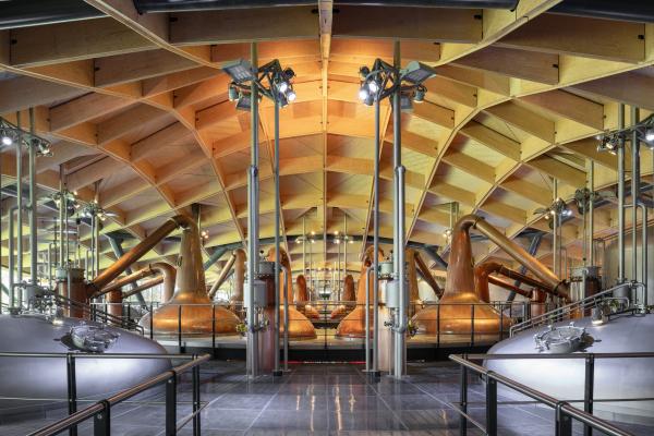 Завод Macallan по производству виски Фото © Joas Souza