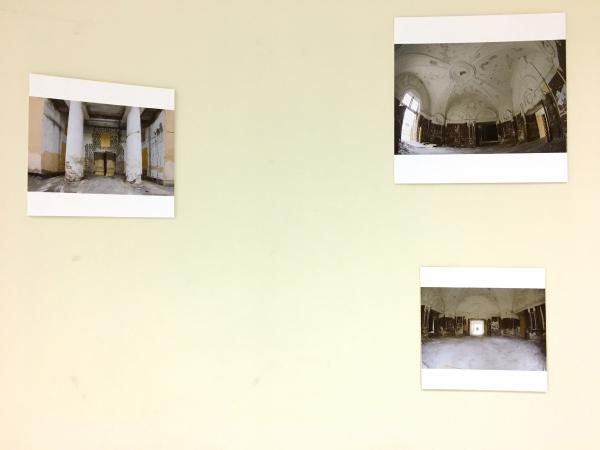 Экспозиция, сопровождающая выставку проектов приспособления Конюшенного ведомства Пересъемка Алены Кузнецовой
