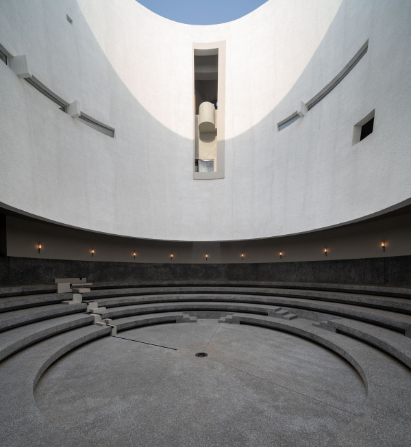 Центр искусств Aranya Фото © Pedro Pegenaute