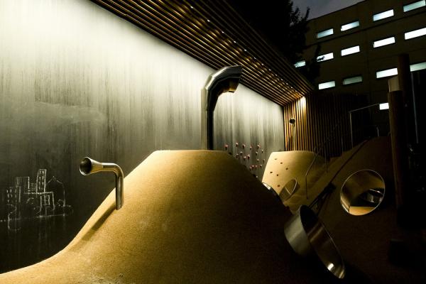 Пространство «Дюны». Вечерний вид с подсветкой «Культура света»