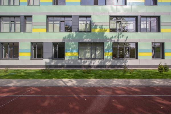 Общеобразовательная школа на 275 мест Фотография © Андрей Асадов