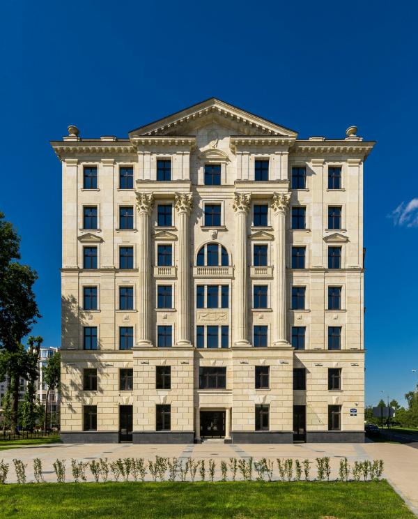 Жилой дом «Верона», 2018 Фотография: Андрей Белимов-Гущин © «Евгений Герасимов и партнеры»