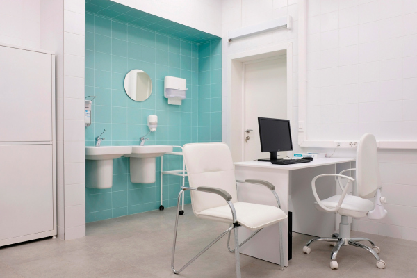 Медицинские кабинеты. Рестайлинг медицинских офисов «Инвитро» Фотография © Варвара Соболева