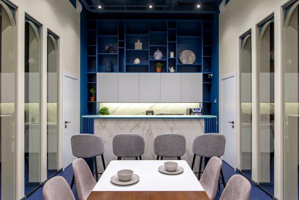 Офисный блок. Кухня. Офисы класса А с сервисом коворкинга MANUFAQTURY Фотография © Борис Бочкарев