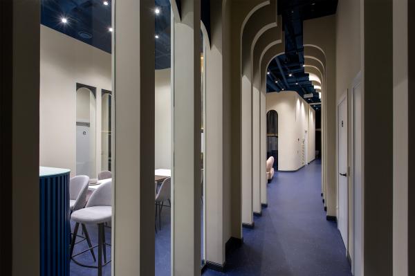 Офисный блок. Общие пространства. Офисы класса А с сервисом коворкинга MANUFAQTURY Фотография © Борис Бочкарев