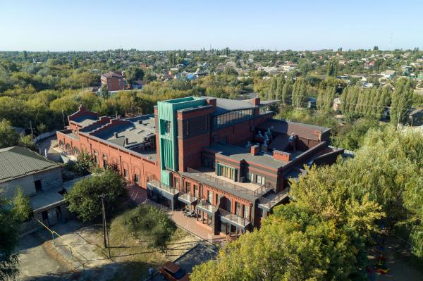 Жилой комплекс на месте бывшей конфетной фабрики в г. Миллерово Ростовской области  Фотография предоставлена SEVALCON