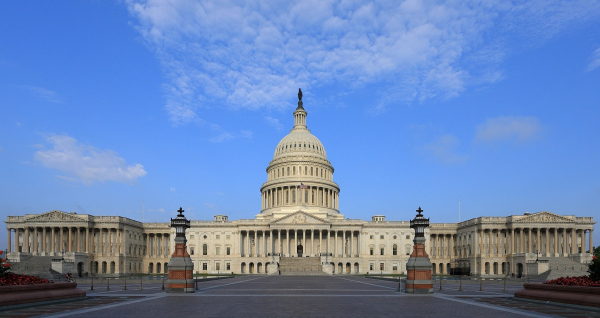 Капитолий (восточный фасад) Фото: Martin Falbisoner via Wikimedia Commons. Лицензия  Creative Commons Attribution-Share Alike 3.0 Unported