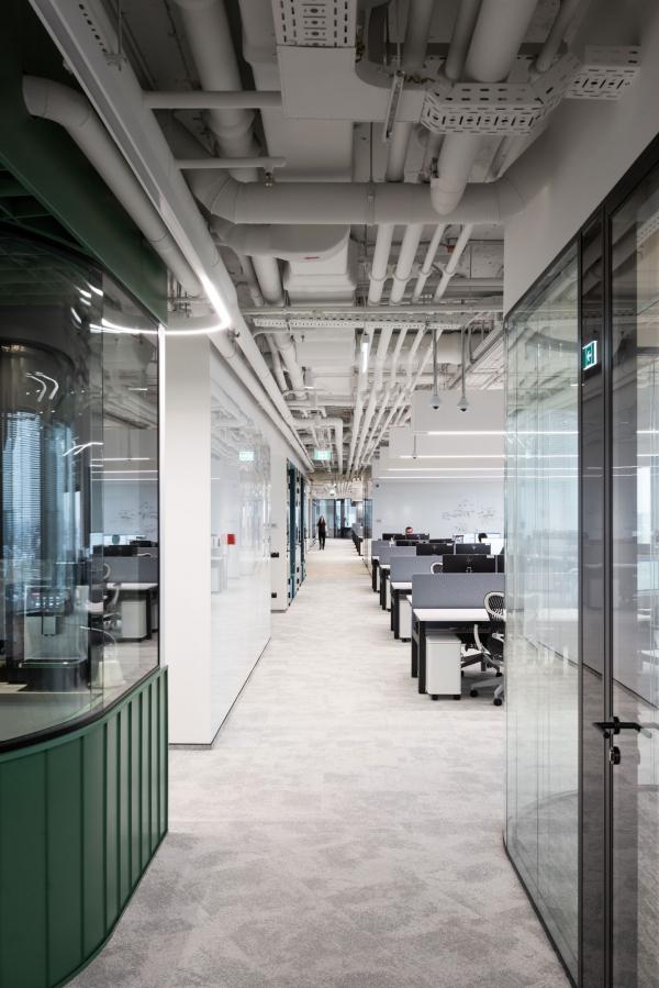 Moscow office of BNP Paribas Technology Copyright: Photograph © Ilia Ivanov