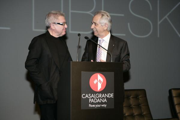 Архитектор Даниэль Либескинд и президент фабрики Casalgrande Padana Франко Манфредини © Lucido