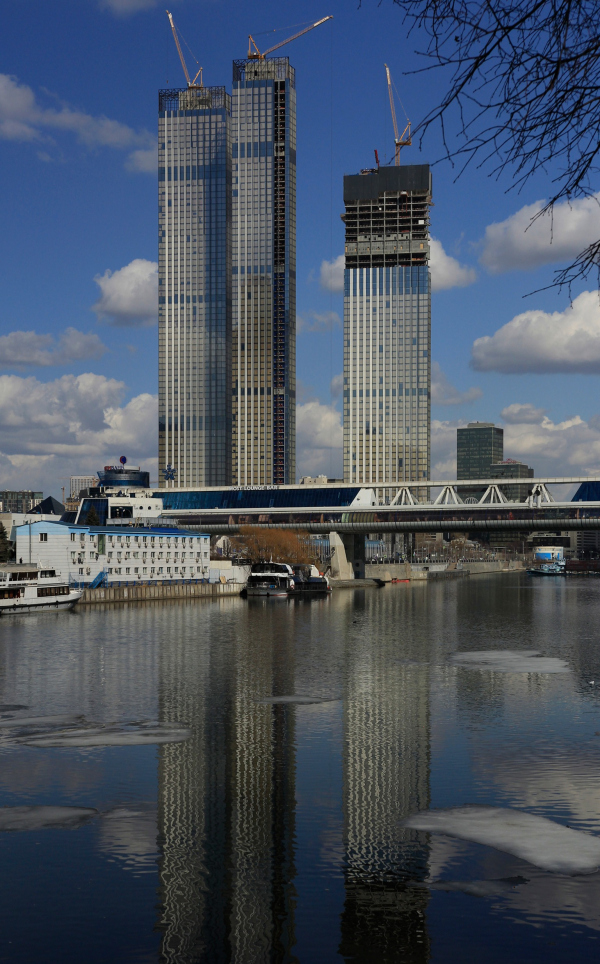Capital Towers on the Krasnopresnenskaya Embankment, 03.2021. View from the west Copyright: Photograph: Archi.ru