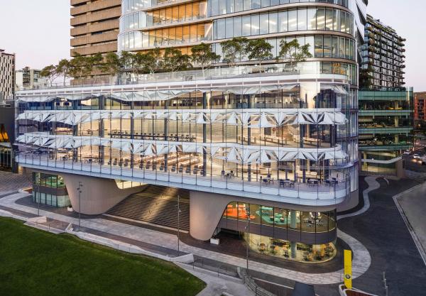 UTS Central – корпус Технологического университета Сиднея  Francis-Jones Morehen Thorp Pty Ltd. Фотография © Andy Roberts