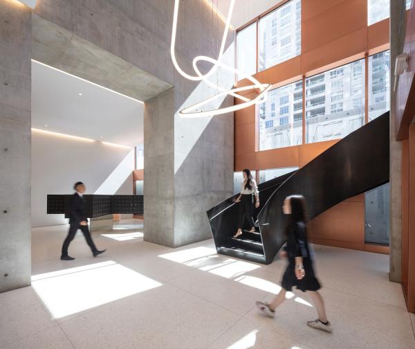 Жилой небоскреб Vancouver House Bjarke Ingels Group. Фотография © Ema Peters