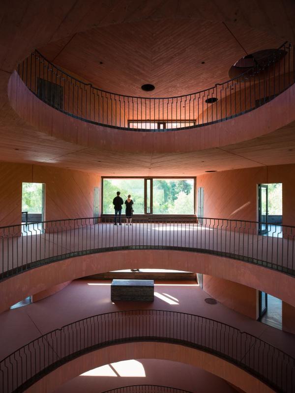 Центр инноваций INES © Pezo von Ellrichshausen