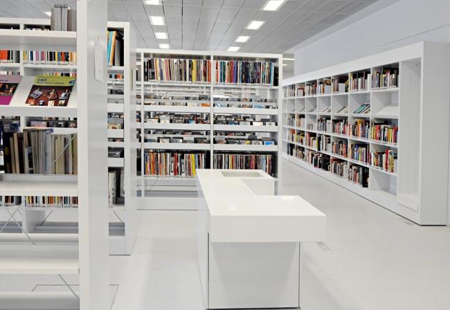 Городская библиотека Штутгарта © Kraufmann/ Hörner