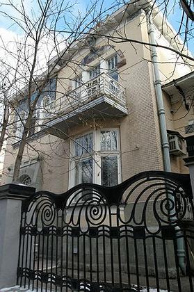 Авторство особняка Рейнеке приписывают Федору Шехтелю. И глядя на здание, с этим можно легко согласиться. Фото: Юрий Набатов