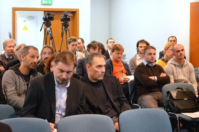 На переднем плане: Сергей Скуратов и Дмитрий Буш