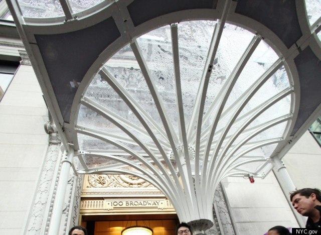 Презентация «Городского зонтика». Фото с сайта huffingtonpost.com