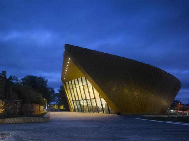Центр изобразительных искусств firstsite. Фото © Will Pryce