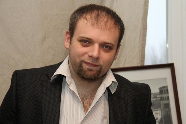 Влад Кунин