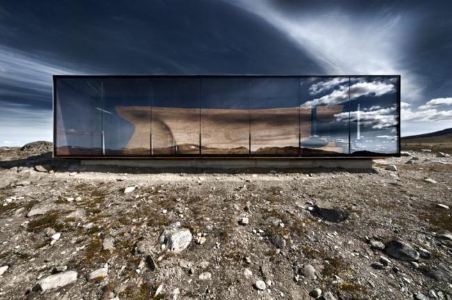 «Тверрфьелльхютта» – павильон Центра диких северных оленей © diephotodesign.de