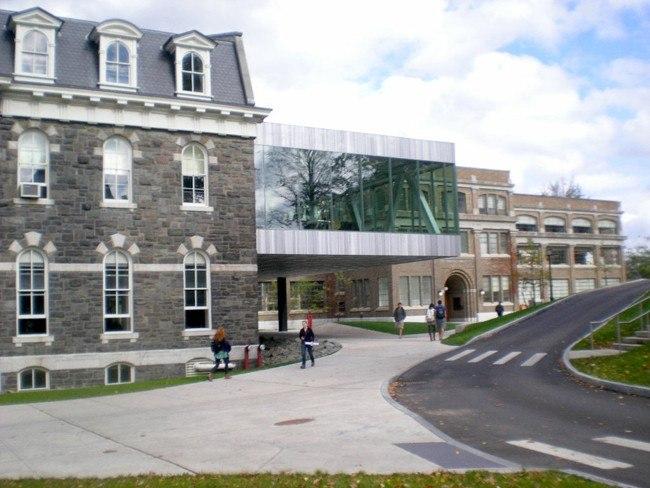 Корпус Мильстейна Университета Корнелла © Clifford Pearson