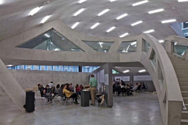 Корпус Мильстейна Университета Корнелла © Philippe Ruault