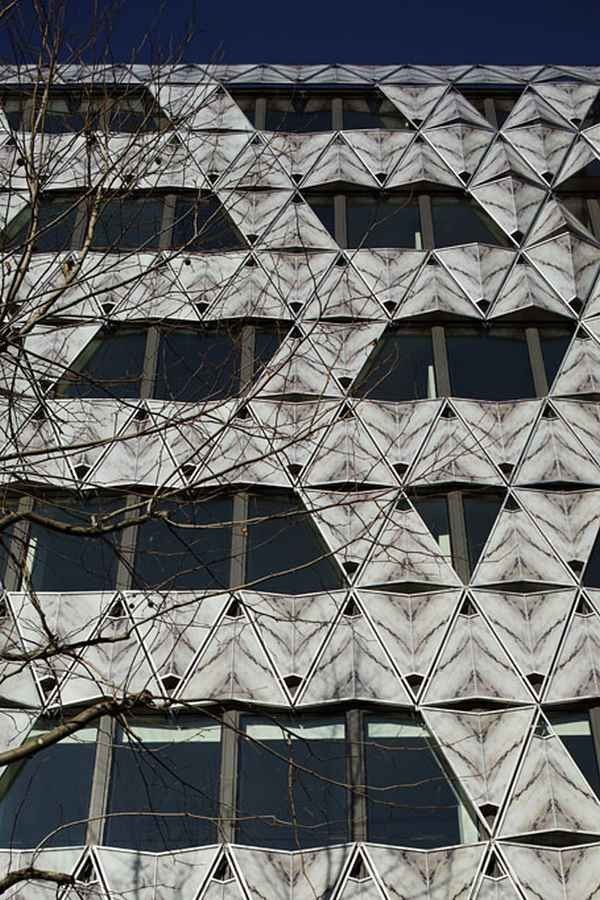 Офисное здание Origami - штаб-квартира Barclays Capital Bank © Manuelle Gautrand Architecture