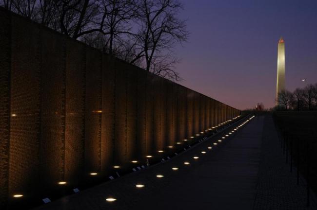 Мемориал ветеранов Вьетнама. Фото via Wikimedia Commons. Фото находится в общественном доступе