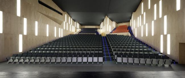 Городской концертный зал Теулады © Juan Rodriguez