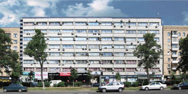 Фасад, подлежащий реконструкции © Архитектурная мастерская Павла Андреева