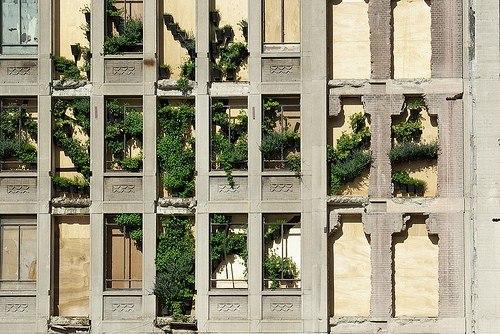 Фасад закрытой на реконструкцию ратуши в Роттердаме. Фото с сайта 2012architecten.nl