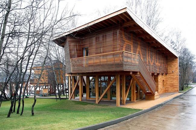 Яхт-офис. Курорт «ПИРогово». Фото Ильи Иванова