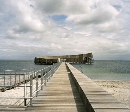 Морской бассейн Каструп, Копенгаген, Дания. Мастерская White Arkitekter, поощрительная премия.