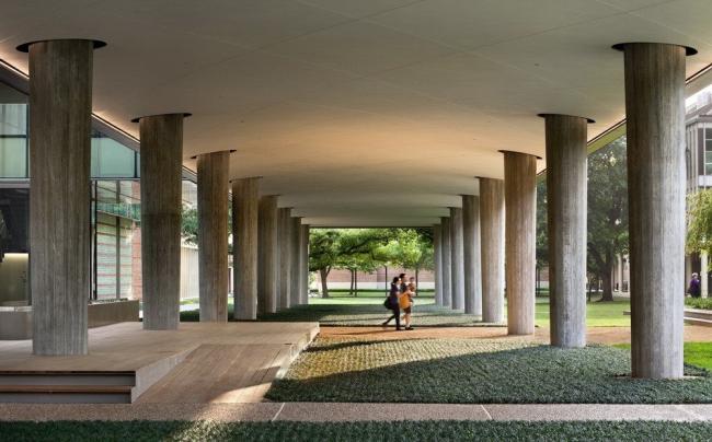 Корпус факультета физики Брокман-холл университета Райса © Peter Aaron/OTTO