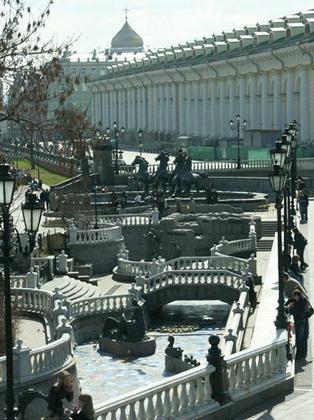Новая классика в сердце Москвы (Манежная площадь)