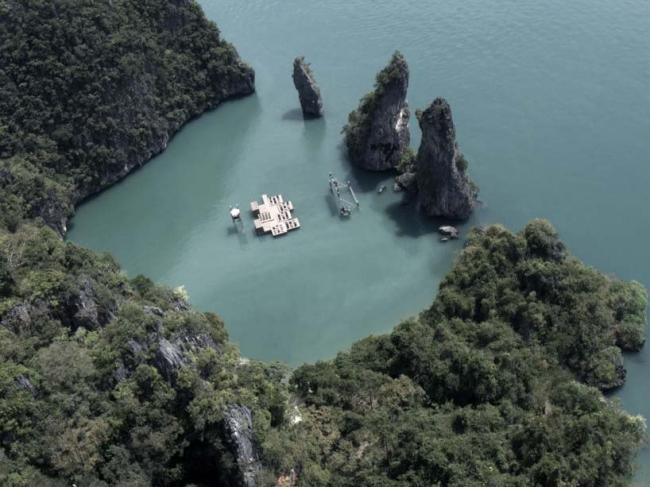 Плавучий кинотеатр Archipelago Cinema. Фото Piyatat Hemmatat