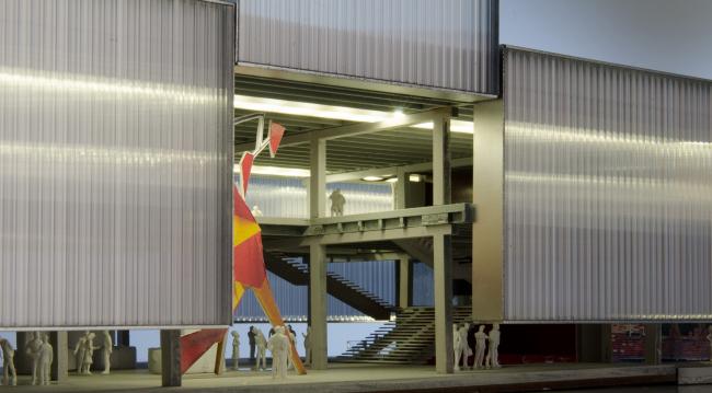 """Garage"" Museum in Gorky Park. Model. © OMA"